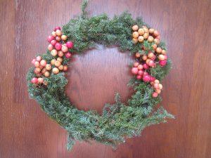 リースを飾るとクリスマス気分一杯ですね!